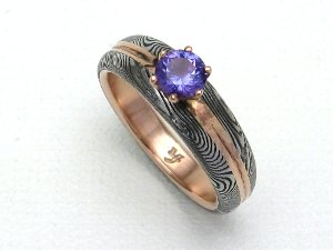 Engagement/Wedding Band in Rose Gold & Alexandrite