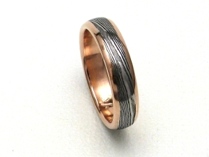 Stainless Damascus Ring with Red Gold and Rails