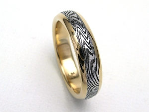 Damascus Ring Unusual Pattern in 14K Gold w/Rails